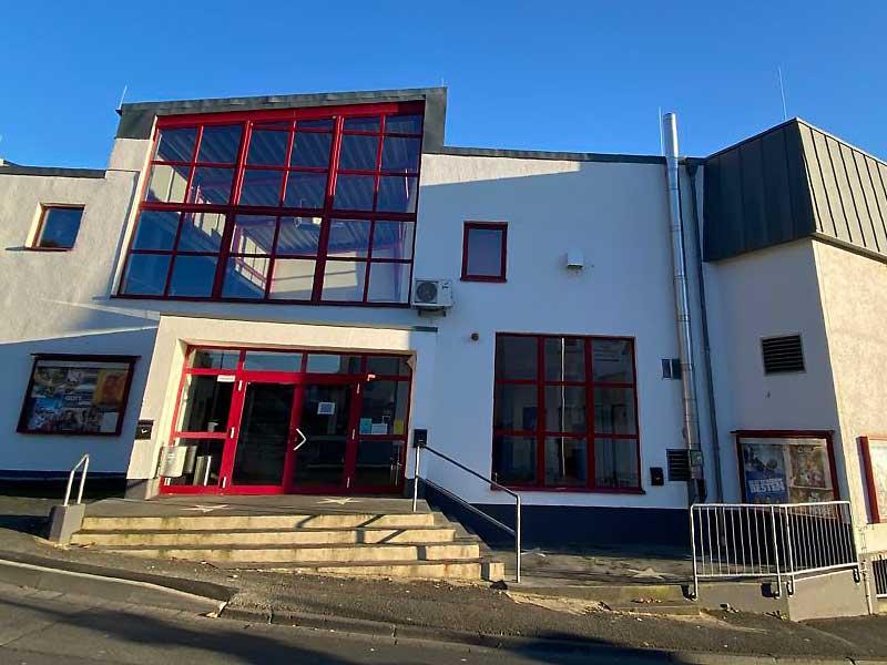 Ruhmreiches Lichtspielhaus GLORIA Kinocenter, Verkauf aus laufendem Betrieb - Objektwert Immobilien Consult